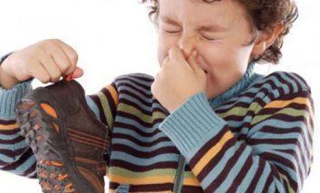 روشهایی کاربردی برای رفع بوی بد پاها