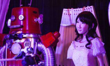 و سرانجام ازدواج روباتها در ژاپن