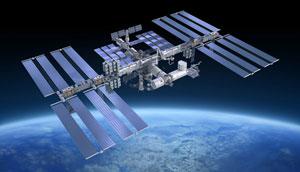 خطر زبالههای فضایی برای ایستگاه فضایی بین المللی و احتمال تخلیه فضانوردان