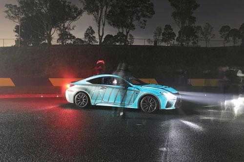 اتومبیلی که متناسب با ضربان قلب راننده میدرخشد