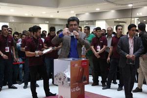 قرعهکشی بزرگ جشنواره ۴۴۴ همزمان با ورود LG G4 به بازار ایران برگزار شد