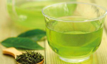 چای سبز شکم را لاغر و از سرطان جلوگیری میکند