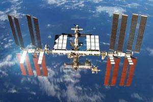 برقراری تماس تلفنی با ایستگاه فضایی بینالمللی از حیاط خلوت