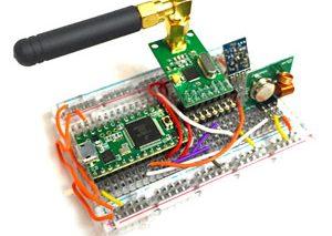 کلید الکترونیکی ۳۲ دلاری با قابلیت باز کردن اغلب دربهای گاراژ و ماشینهای بدون کلید