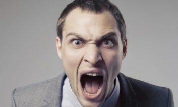 چرا زمانی که گرسنه هستید، عصبانی میشوید؟