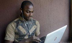 فیسبوک مردم فقیر روستاها را به اینترنت وصل میکند