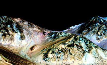 ناسا کشف آب در مریخ را تأیید کرد