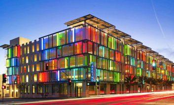 رنگیترین ساختمانهای دنیا
