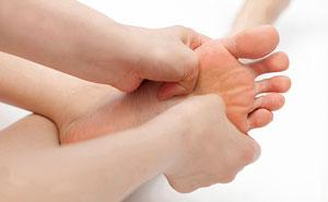 علل اصلی گرفتگی عضلات انگشتان پا