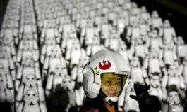 برنامه تبلیغاتی جذاب Star Wars در چین: اشغال دیوار چین توسط ۵۰۰ استورمتروپر
