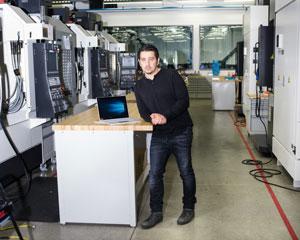 یک داستان از درون: سرفیس بوک مایکروسافت، محصول بزرگ آینده