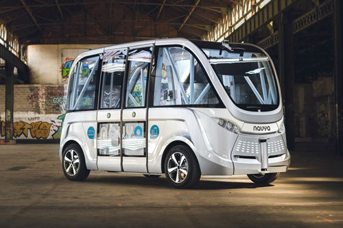 رونمایی از اولین اتوبوس خودران در بهار ۲۰۱۶