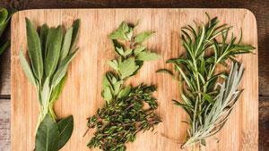 گیاهان جایگزین مکملهای ویتامین و مواد معدنی