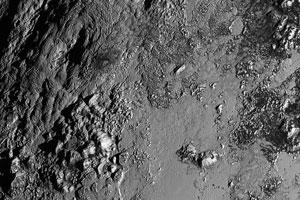 کشف کوه آتشفشانی یخی در پلوتون