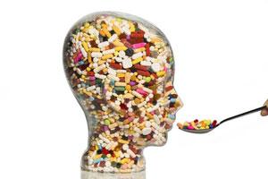 چرا آنتیبیوتیک برای بدن مضر است؟