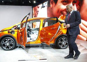 همکاری دولت آمریکا با تولید کنندگان خودرو جهت حل مشکلات ایمنی اتومبیلها