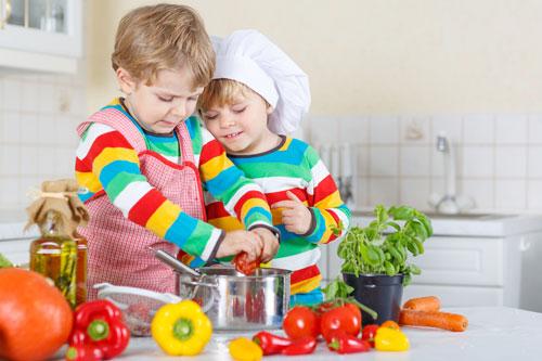 تشویق کودکان برای تغذیه سالمتر
