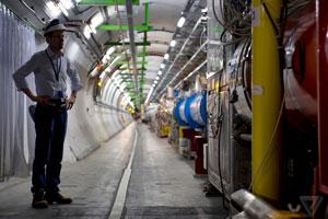 برخورددهنده هادرونی بزرگ نیاز به قطع ۹۰۰۰ کابل قبل از ارتقا دارد