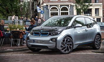 فناوری BMW برای شناسایی محل پارک اتومبیلها