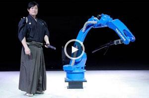 روباتی که با استاد شمشیربازی به رقابت میپردازد!