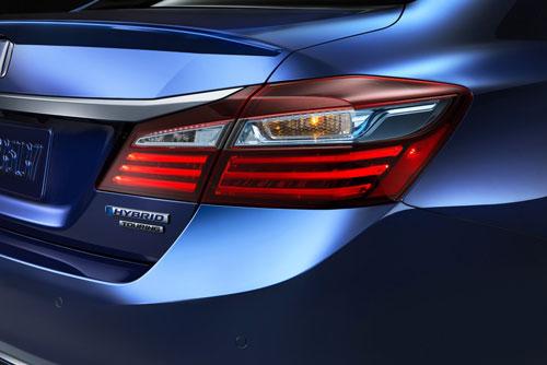 مدل ۲۰۱۷ هوندا آکورد هیبریدی