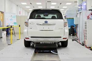 شارژر وایرلس برای اتومبیلهای الکتریکی