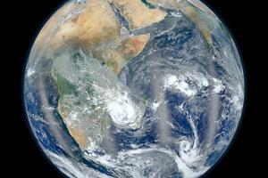گرم شدن کره زمین باعث تغییر مسیر حرکت آن شده است