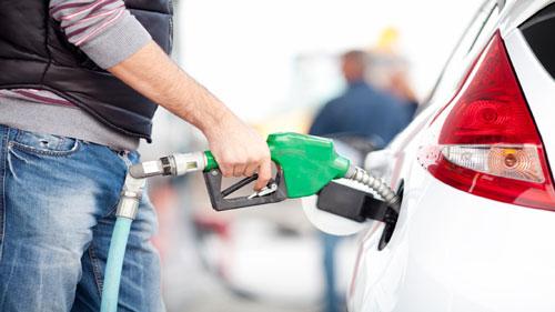 نرخ دوم بنزین ۱۵۰۰ تومان محاسبه شد/ تعیین نرخ آزاد بنزین
