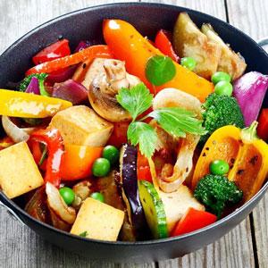 ۷ ماده غذایی که بیشتر از سینه مرغ پروتئین دارند