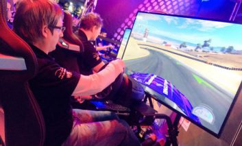 آموزش مهارت رانندگی از طریق مسابقات اتومبیلرانی مجازی