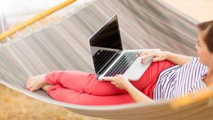 ۵ شیوه برای پیشرفت شغلی بدون فدا کردن تعطیلات تابستانی