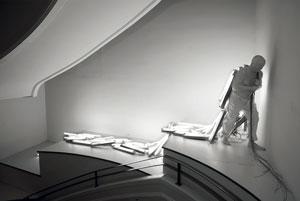خصوصیات دوگانگی وجودی در آثار مجسمهسازی «برناردی رویج»