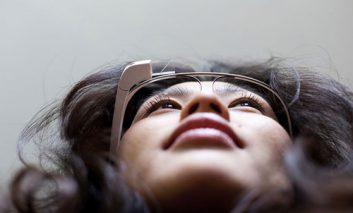آیا گوگل گلس باعث ایجاد مشکلات بینایی میشود؟
