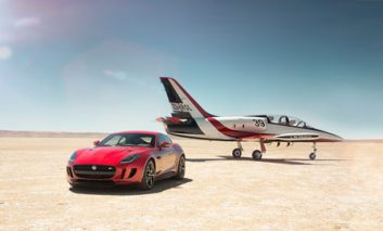 رونمایی شرکت جگوار از اتومبیل F-Type با دیفرانسیل چهار چرخ + ویدیو