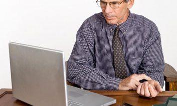 کسانی که علائم بیماری خود را در اینترنت جستجو میکنند، حتماً این ویدئو را ببینند!
