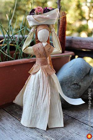 معرفی عروسکهای سنتی: «کوکلا» از روسیه