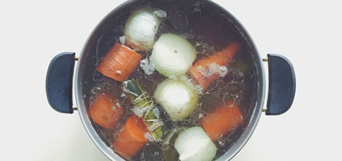 مزایای سوپ پختهشده با آب استخوان