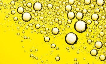 ۶ اشتباه رایج در مصرف روغن زیتون