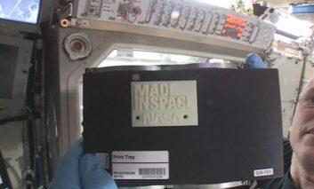 ساخت اولین اشیاء سهبعدی در فضا! + ویدیو