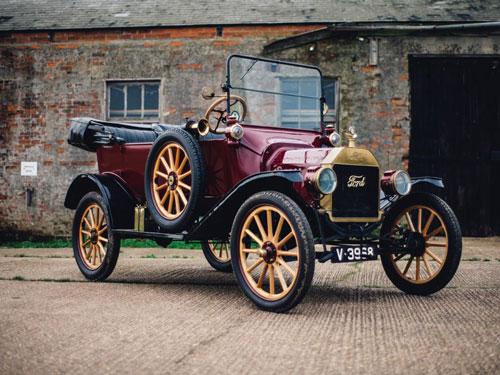 اتومبیل فورد مدل تی 1915