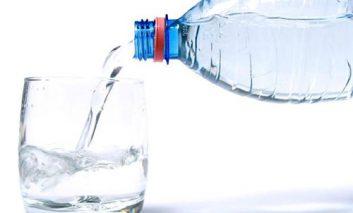 آیا آبمعدنی برای شما خوب است؟