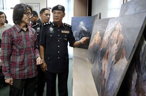 نقاشیهای سرقت شده در خانه گالری دار کشف شد