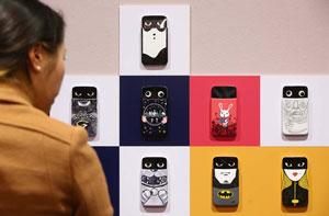 گوشی هوشمند الجی AKA؛ ستاره بیبدیل یک نمایشگاه هنر + ویدیو