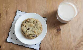 ۷ ماده غذایی که سردرد را کاهش میدهند