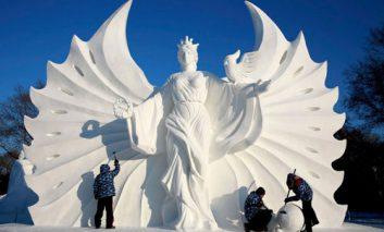 «دنیای برف و یخ»: فستیوال مجسمههای برفی چین