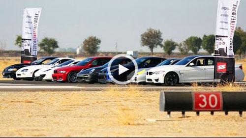 مسابقه تعیین شتاب میان اتومبیلهای فوقسریع و یک موتورسیکلت + ویدیو