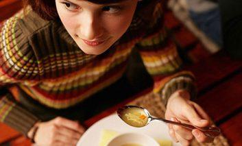 ۵ ماده غذایی که باید قبل از بارداری مصرف کنید