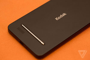 رونمایی از اولین گوشی هوشمند Kodak در CES