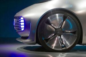 آلبوم تصویری CES 2015 بخش دوم؛ نمایشگرها و آینده خودروها