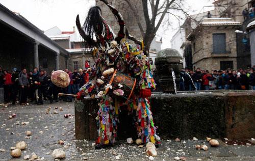 مراسم سنتی عجیبوغریب در اسپانیا